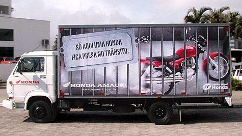 caminhao_moto_honda.jpg