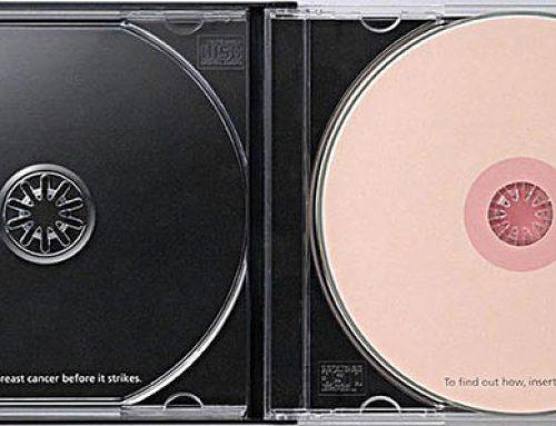 Case de CD duplo para conscientizar sobre o Câncer de Mama