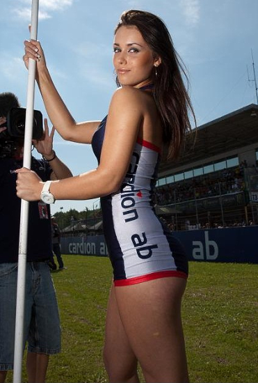 grid-girls-007