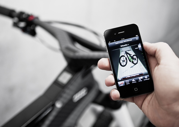 Audi e-bike Woerthersee/Wheeliewinkel ueber Smartphone einstellbar.