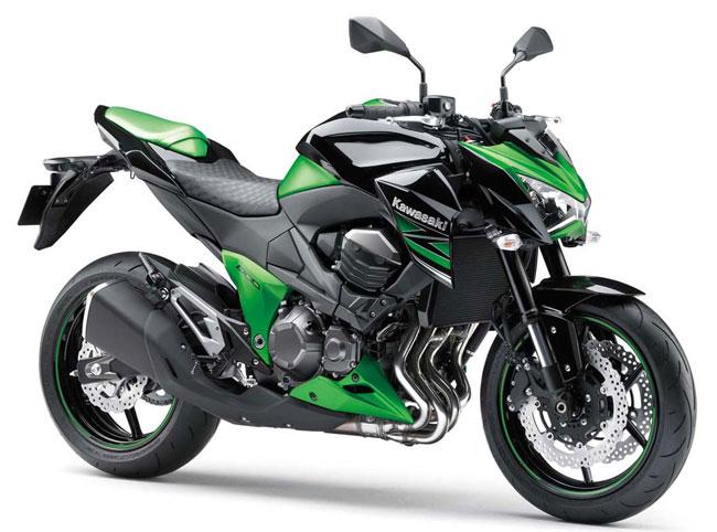 Kawasaki-Z800-01