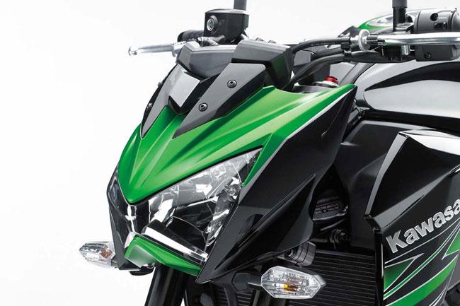 Kawasaki-Z800-04