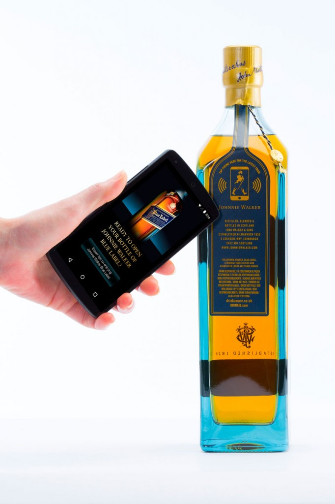 WorldPressOnline_diageo-and-thinfilm-unveil-the-connected-smart-bottle