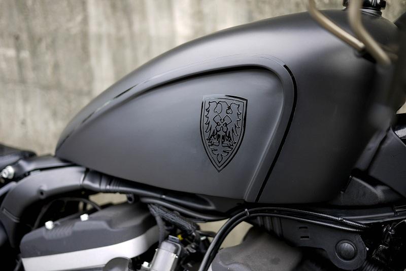 harley-davidson-sportster-iron-883-personalizada-customizada-guerilla-04