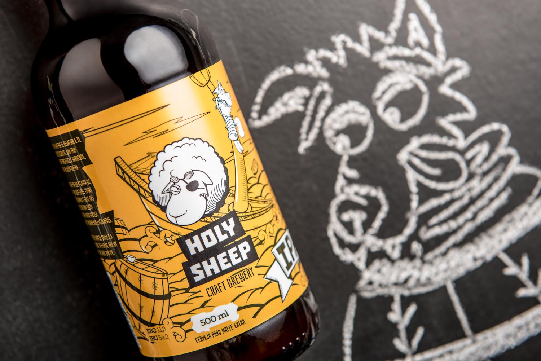 cerveja-artesanal-holy-sheep-rotulo-amarelo